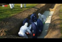10 Muslim coronavirus victims buried alongside each other